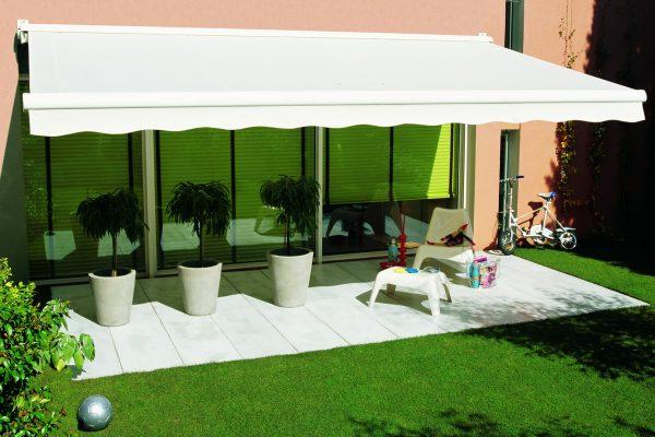 Desmazes - Vente et installation de stores extérieur pour terrasse en Dordogne